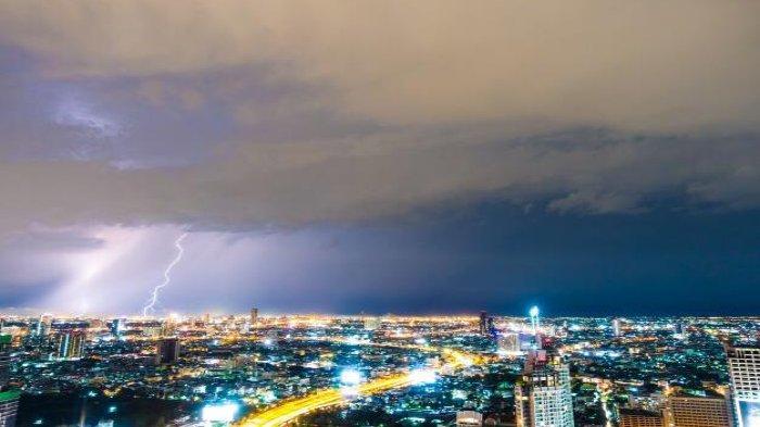 Info BMKG: Peringatan Dini Kamis 17 Desember 2020, Waspadai Cuaca Ekstrem di Sejumlah Wilayah