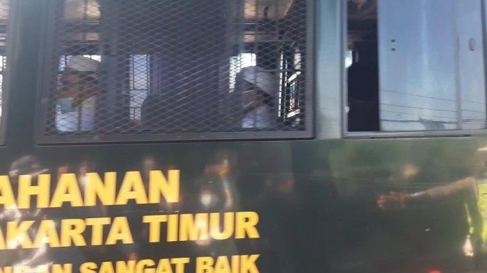 Bakal Jalani Sidang Secara Offline, Habib Rizieq Shihab Sudah Tiba di PN Jakarta Timur